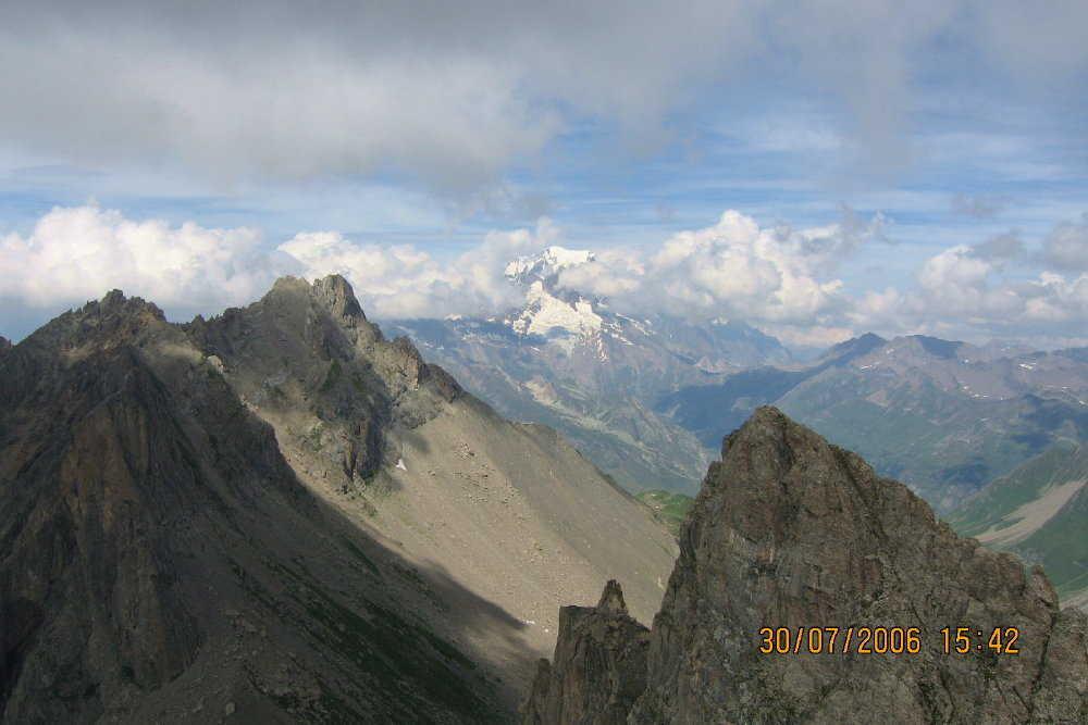 Aiguille du grand fond, Mt Blanc