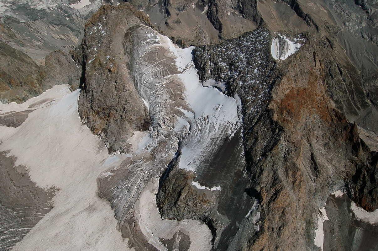 vue sur glacier de la Selle