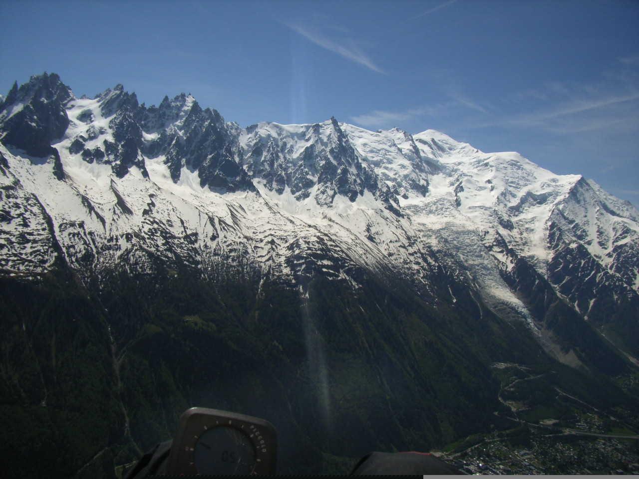 Aiguilles & Mont blanc