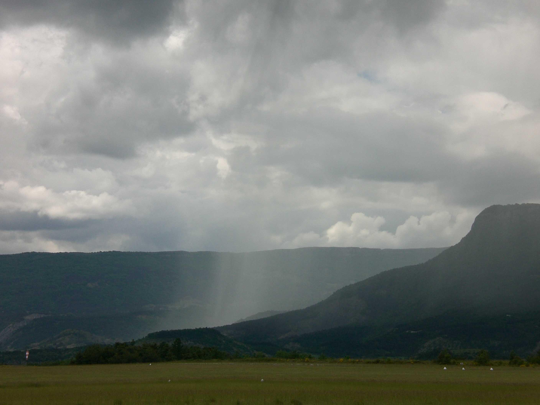 Rideau de pluie à l'attéro